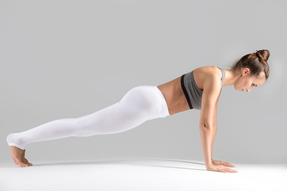 Posizioni yoga della panca