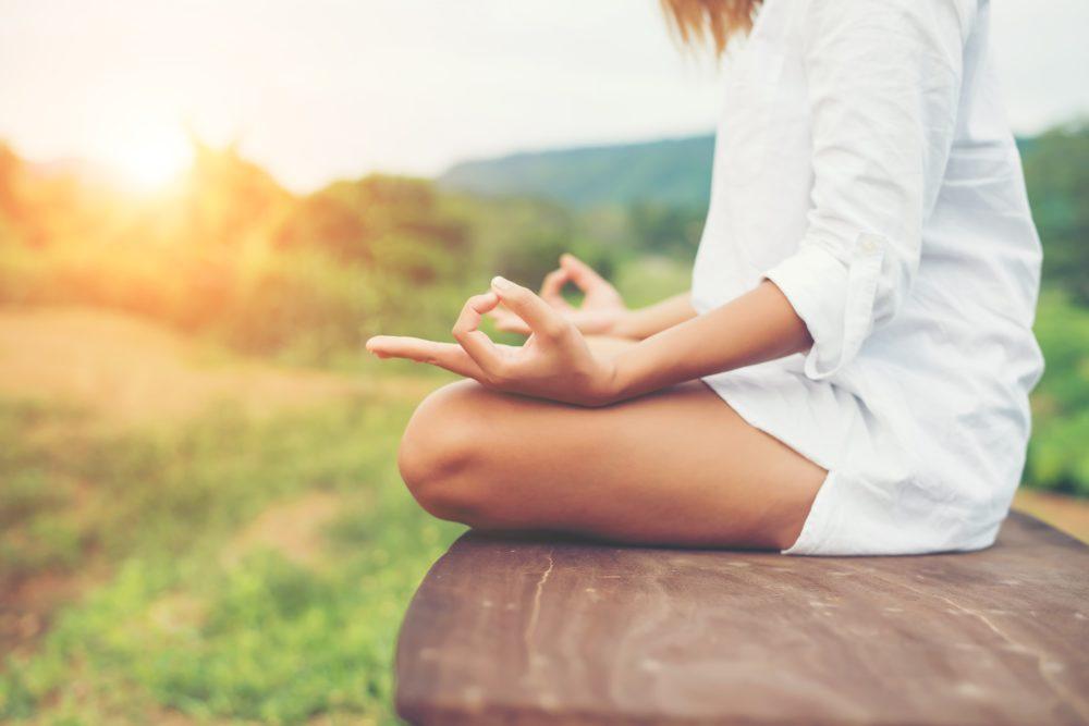 donna-medita-hooponopono