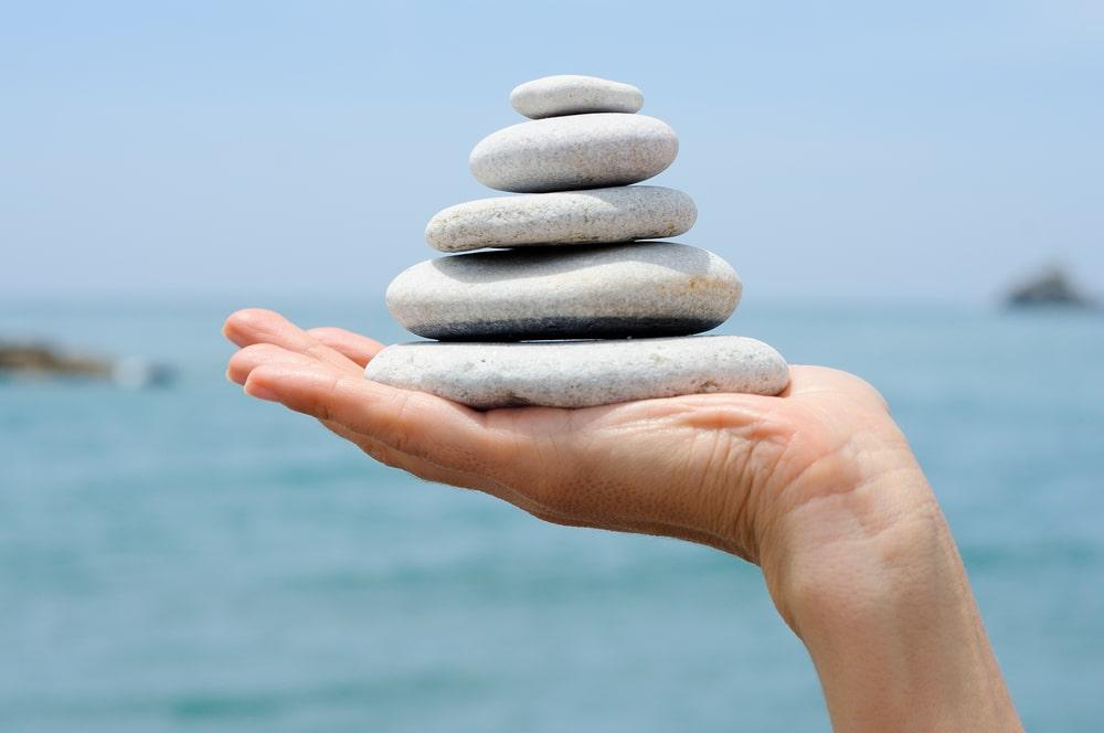Trattamento Reiki pietre