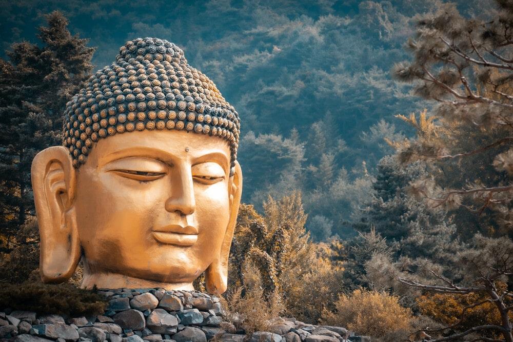 mantra nella meditazione tantrica, il volto di budda