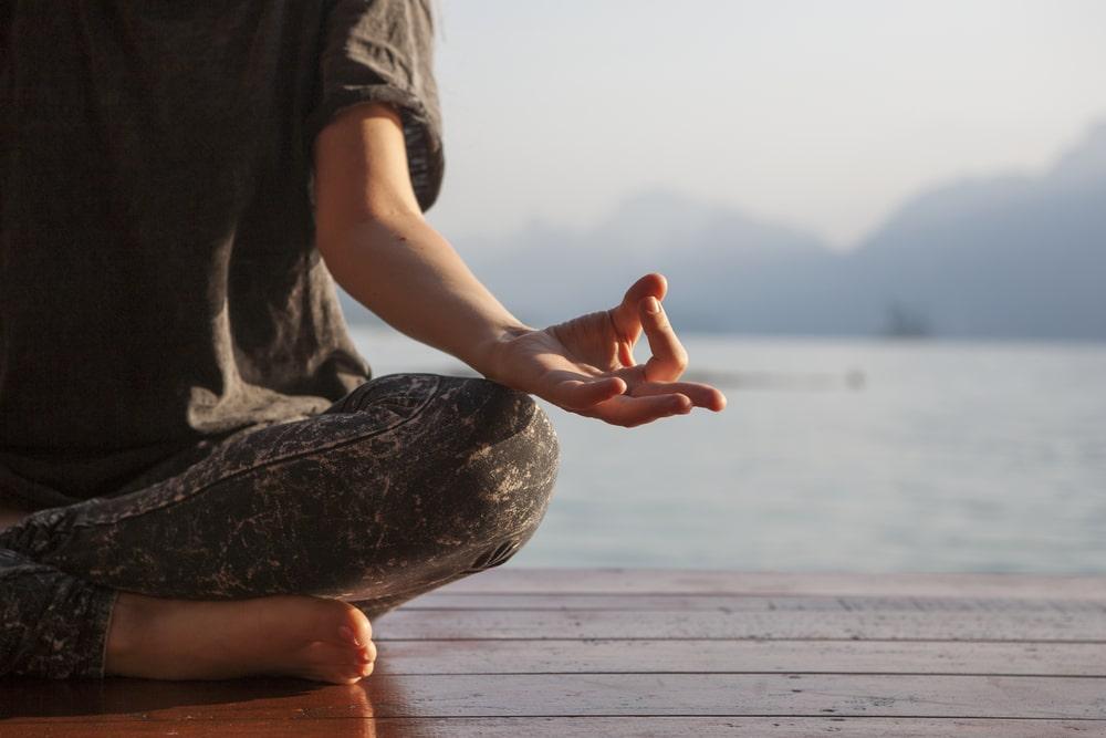 yoga ristorativo fuori casa