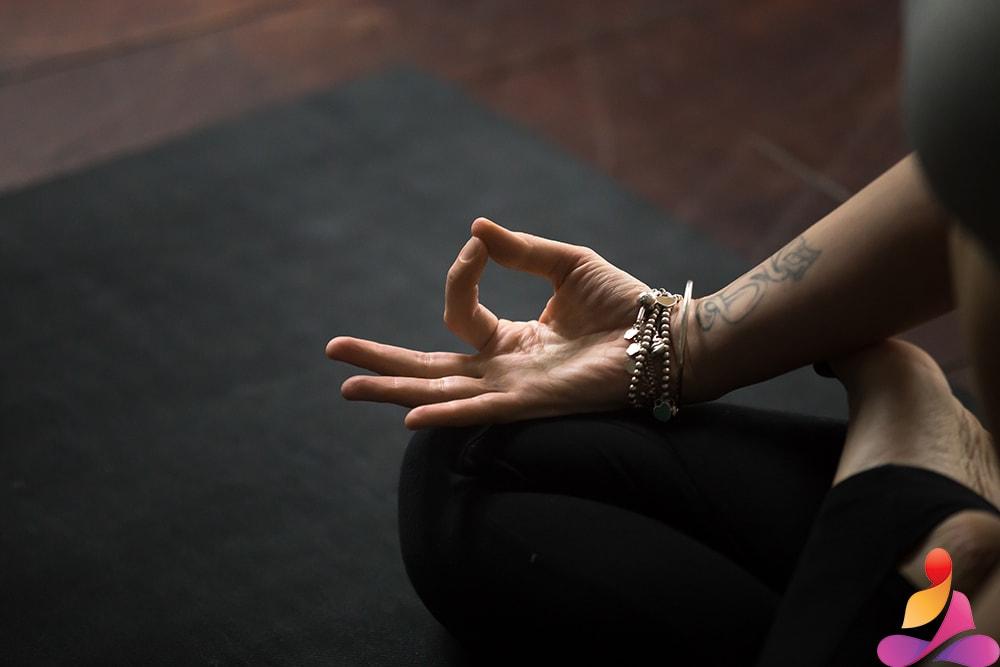 posizioni per meditare mudra